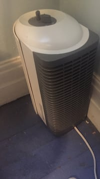 Air cleaner by Sunbeam St Catharines, L2R 3W9