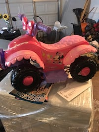 pink and purple plastic toy car Moreno Valley, 92557