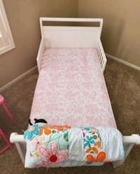 White Toddler Bed / Mattress included  Las Vegas, 89106