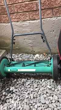 Manual lawn mower Toronto, M1X 2C5