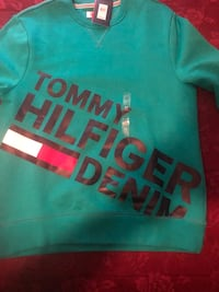 Tommy Hilfiger Sweatsuit Pittsburgh, 15210