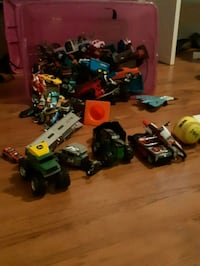 A lot of toys mostly cars for 40 dollars 527 km