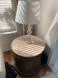 Round table with marble top  Newmarket