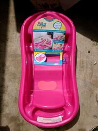 New girls baby tub Silver Springs Shores, 34472