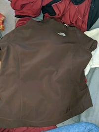 Size XL Brown north face Winnipeg, R3G 0A5
