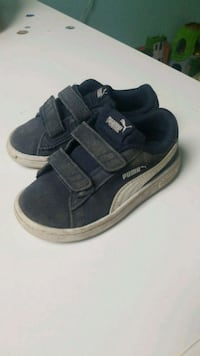 Size 8 Boy Puma shoes Edmonton, T5T 3G4