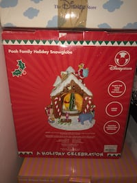 Pooh Family Holiday SnowGlobe Montgomery Village, 20886