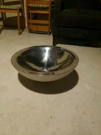 stainless steel vessel sink  Oakville, L6H 3L1