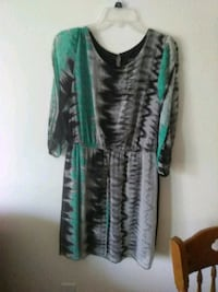 green and black floral long-sleeved dress Long Beach, 90810