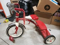 Vintage Radio Flyer Red Tricycle  Howell, 48843