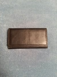 Women's Black Wallet,  p/u in N.I.  New Iberia, 70563