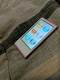 Purple ipod nano  Calgary, T2R 0G4