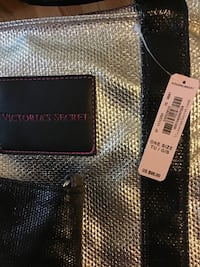 Large tote and mini tote from Victoria secret Travelers Rest, 29690
