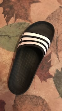Size 10 adidas sandals only worn once