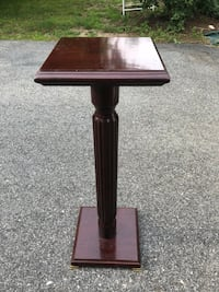 Fine wood crafted podium/stand  Middletown, 02842