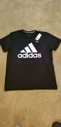 black and white adidas crew-neck shirt 47 km