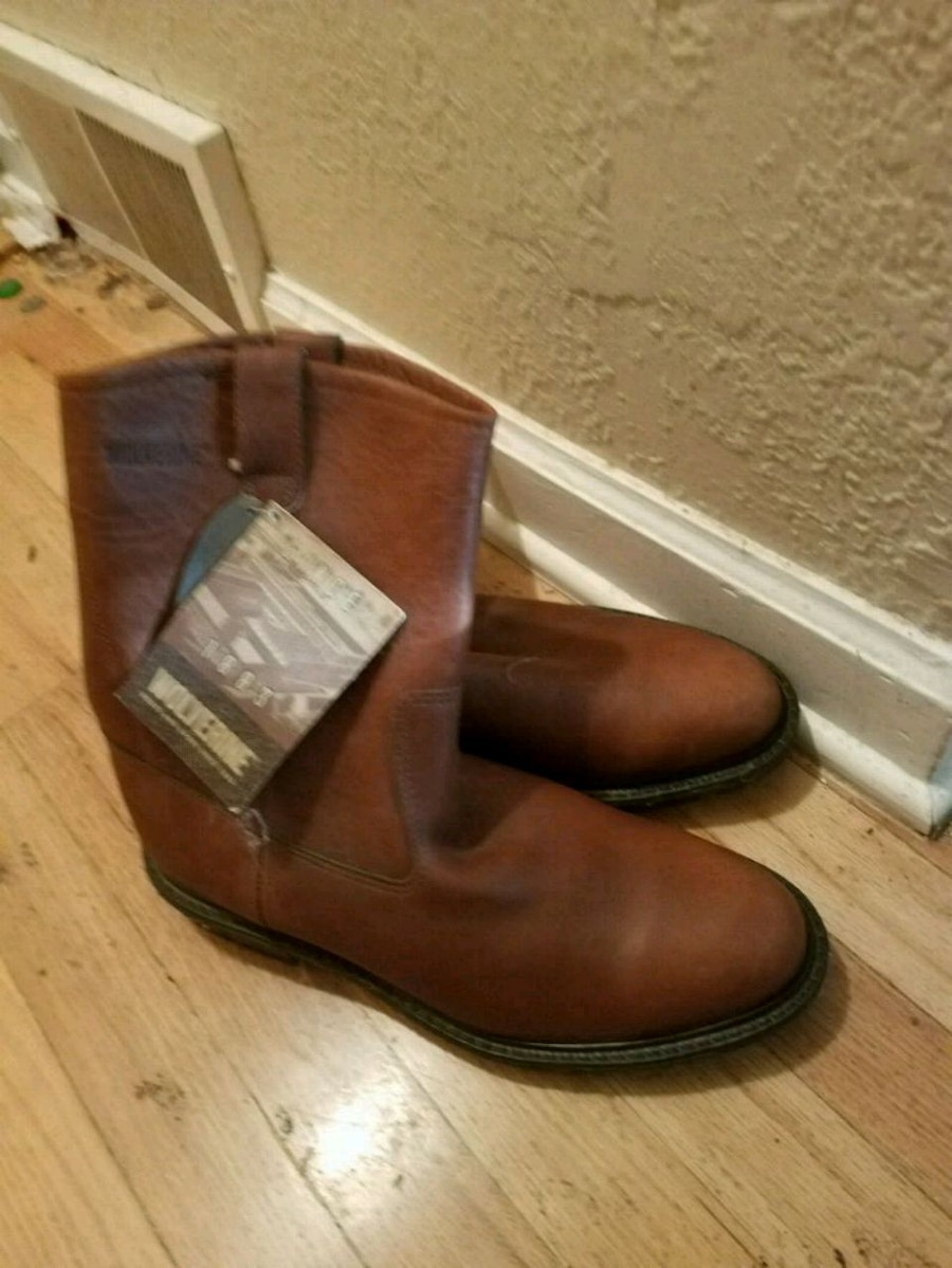 Photo Wolverine leather work boots brand new size 10 d