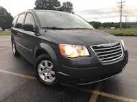 2008 Chrysler Town & Country Louisville
