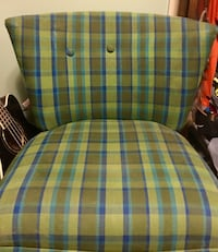 Accent chair in blue & green plaid. Byram, 39272