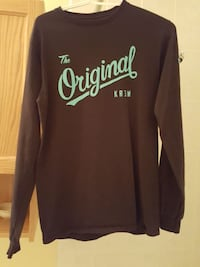 Krew Long sleeve (Size Small) West Vancouver, V7W