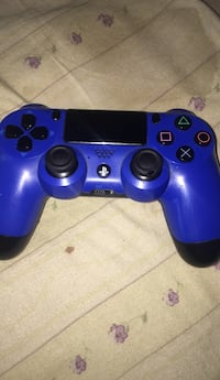 ps4 controller Townsend, 19734