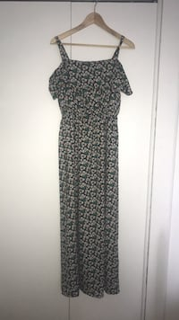 Black and white floral sleeveless dress Montréal, H4N 1Y4