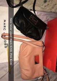 MARC JACOBS PINK  3733 km