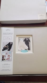 Hallmark Instant Scrapbook Wedding photo frame Kelowna, V1X 4R1