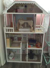 white and pink wooden dollhouse El Segundo, 90245