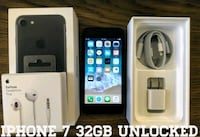 Iphone 7 UNLOCKED 32GB (Like New) Black  Arlington