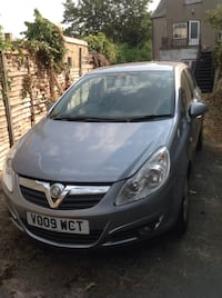 silver-colored Opel Astra sedan Croydon, SE25 5BG