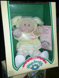 """Cabbage Patch Kids/1984 Female """"Mint"""" Collectable Elizabethtown"""