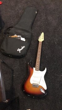 Guitar starcaster fender and case Hamburg, 14075