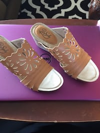 Pure Sole Tan Shoes $15 New in Box. Size 7. 5