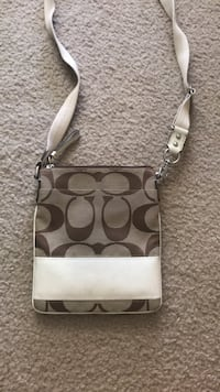 brown and white Coach wristlet Chattanooga, 37405