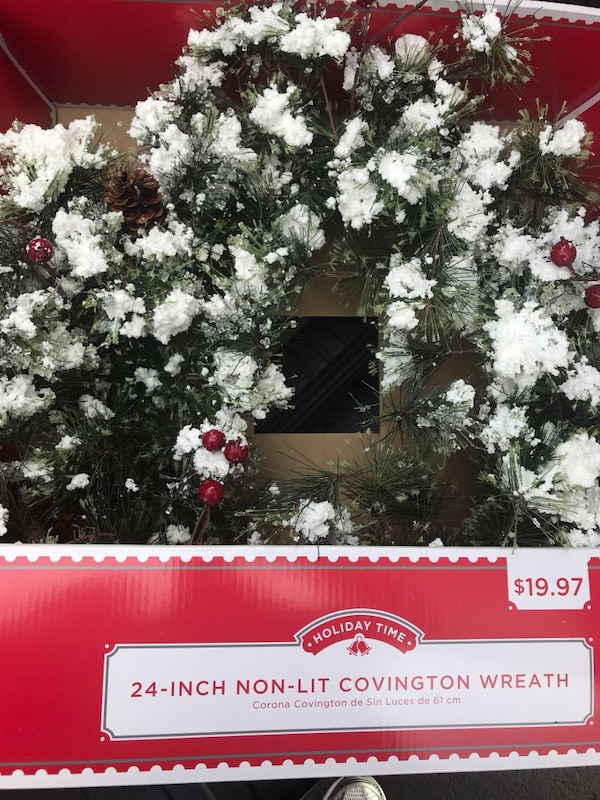 Holiday wreath synthetic 24""