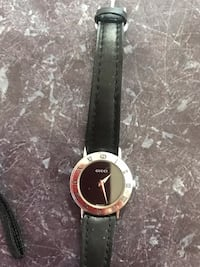 Gucci Watch wrist lady uesd ,original Authentic Calgary, T2B 3G1
