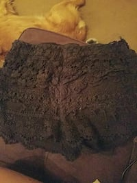 Lg. Black lace shorts Knoxville, 37917