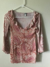 l.e.i. Pink top. Sz. S Colorado Springs, 80918
