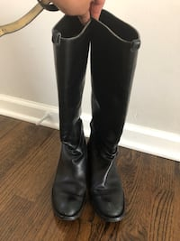 pair of black leather knee-high boots Addison, 60101