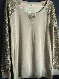 Nwt maurices sequence top/L Hagerstown