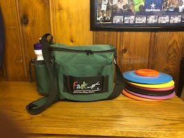 Brand new Disc Golf bag and 6 Innova Discs!