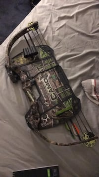 black and green compound bow Whitehall, 43213