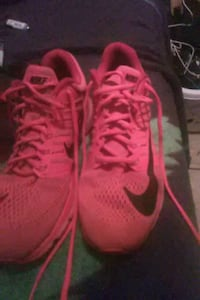 pair of red Nike basketball shoes San Antonio, 78250