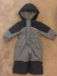 IXTREME OUTFITTERS SNOW SUIT