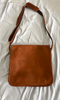 Brown and white leather crossbody bag Sylvania, 2224