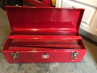 Red metal tool box North Vancouver, V7J 1T3