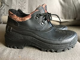 New Mens Low Cut Temperature Rated Winter Boot Size 10