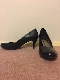 High heel shoes size 11 Springfield, 22150