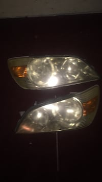 2003 Toyota alteza headlights Caledon